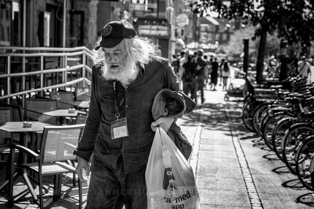 zwerver dakloze straatfotografie