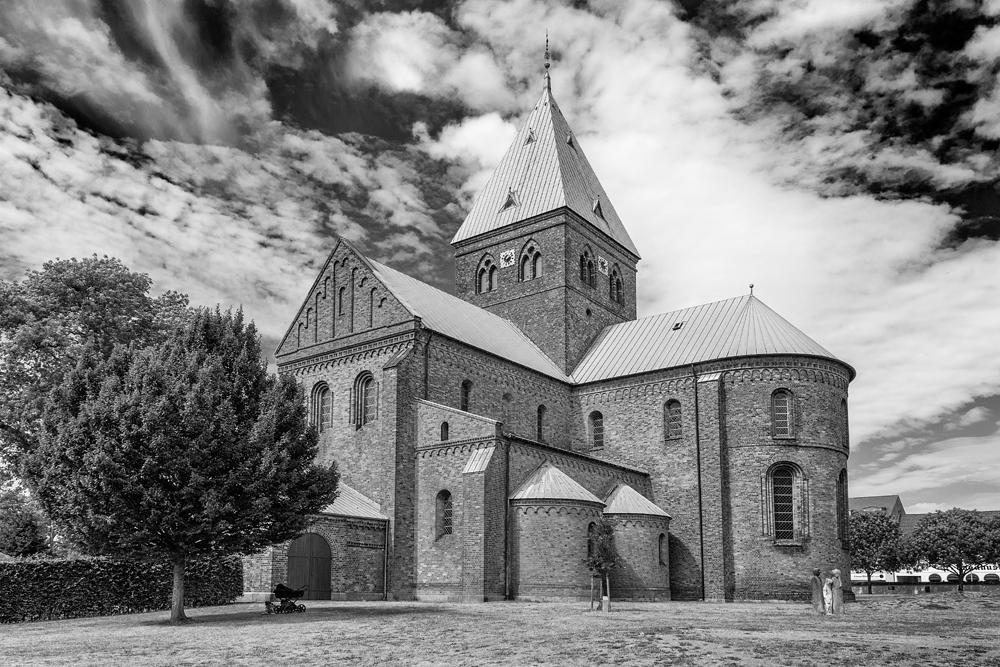 kerk zwartwit